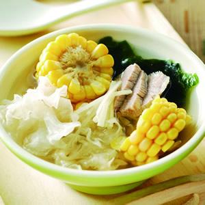 銀耳玉米湯