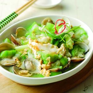 蛤蜊肉蛋炒絲瓜