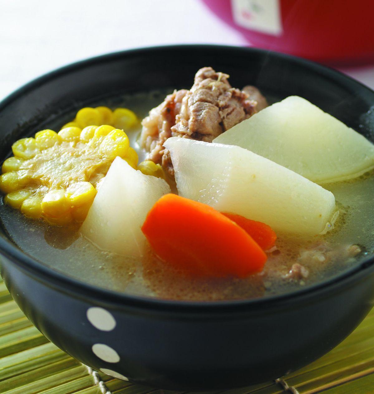 食譜:蘿蔔排骨湯(5)