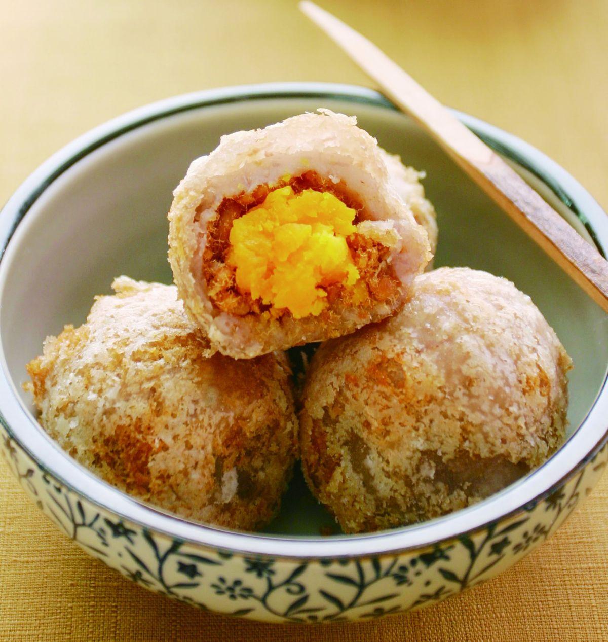食譜:豆沙蛋黃芋丸