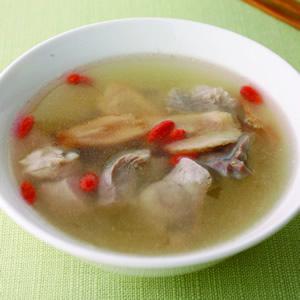 蔘片瘦肉湯
