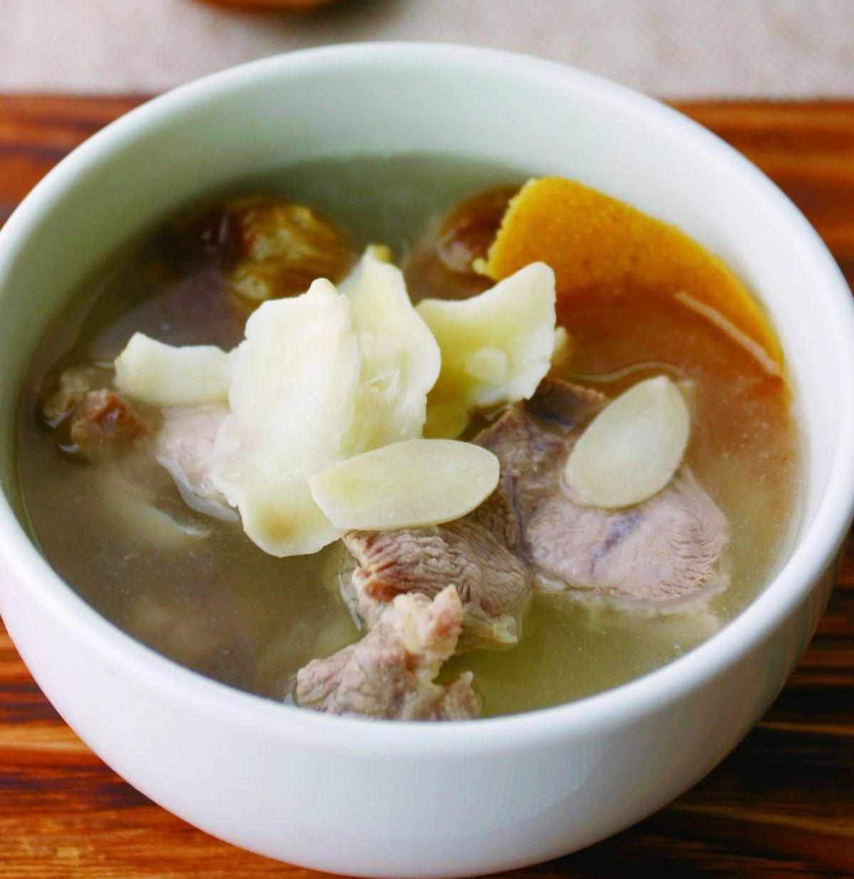 食譜:杏片蜜棗瘦肉湯