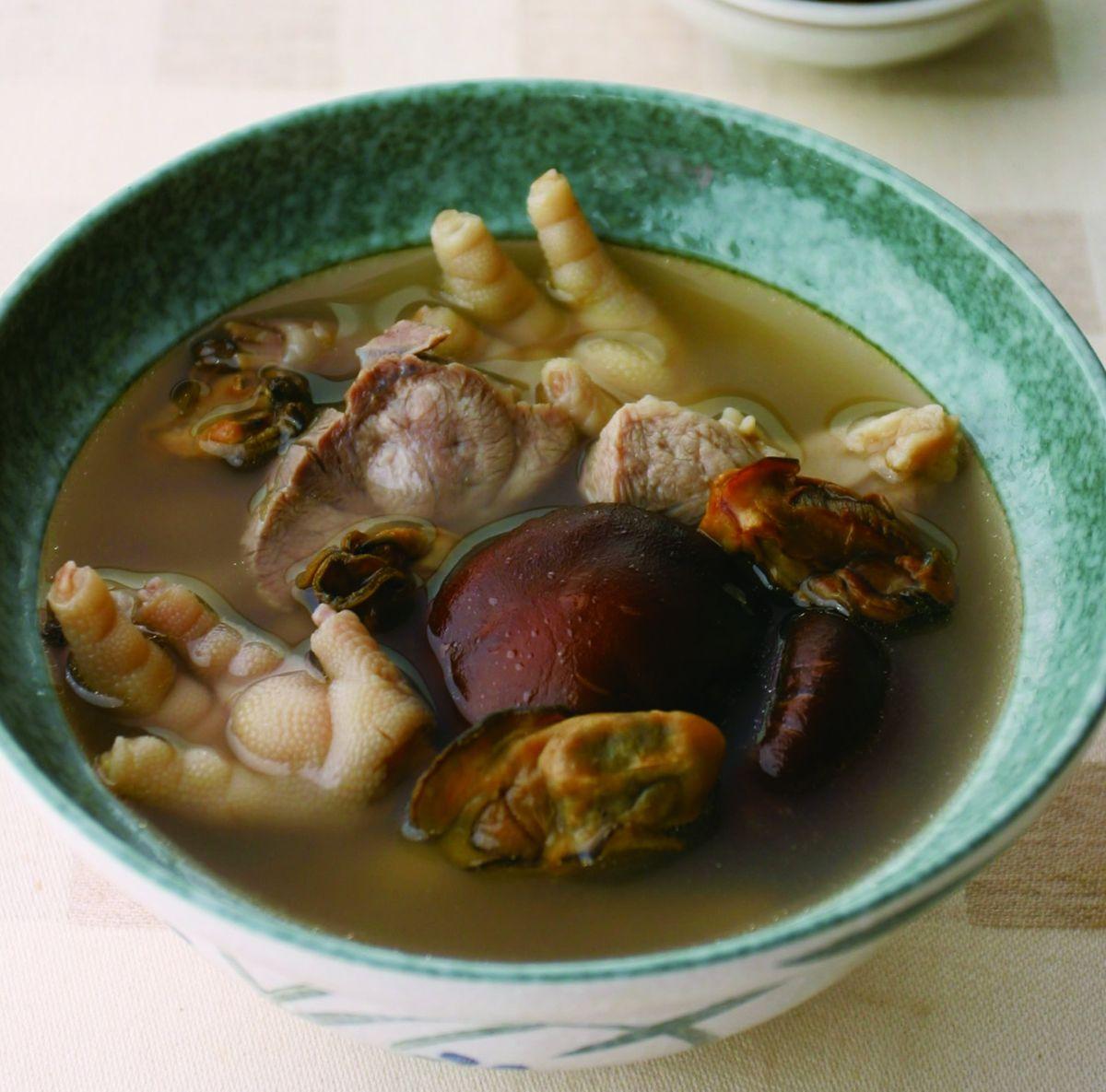 食譜:香菇蚵乾鳳爪湯