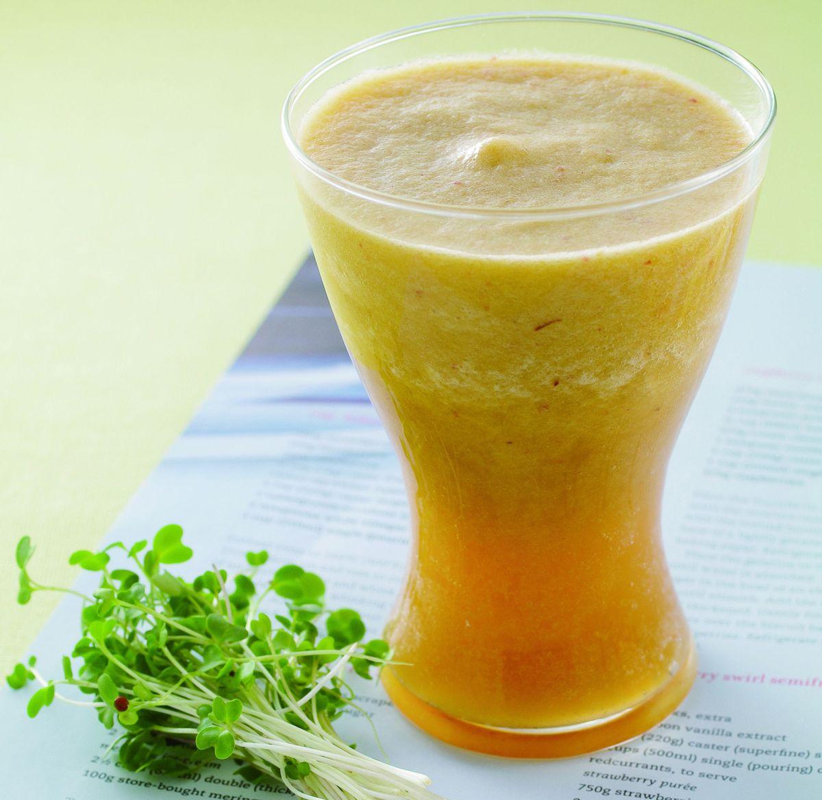 食譜:青花苗鳳梨蔬果汁