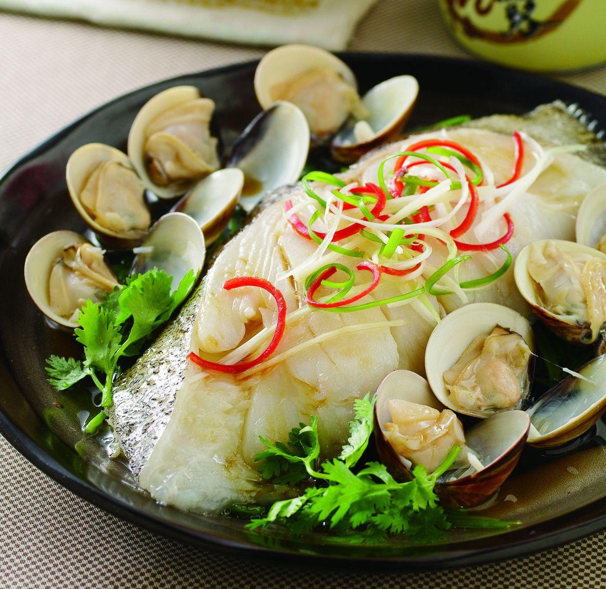 食譜:鮮美蛤蜊鱈魚蒸