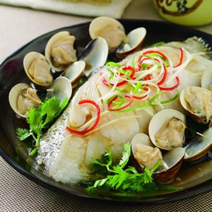 鮮美蛤蜊鱈魚蒸