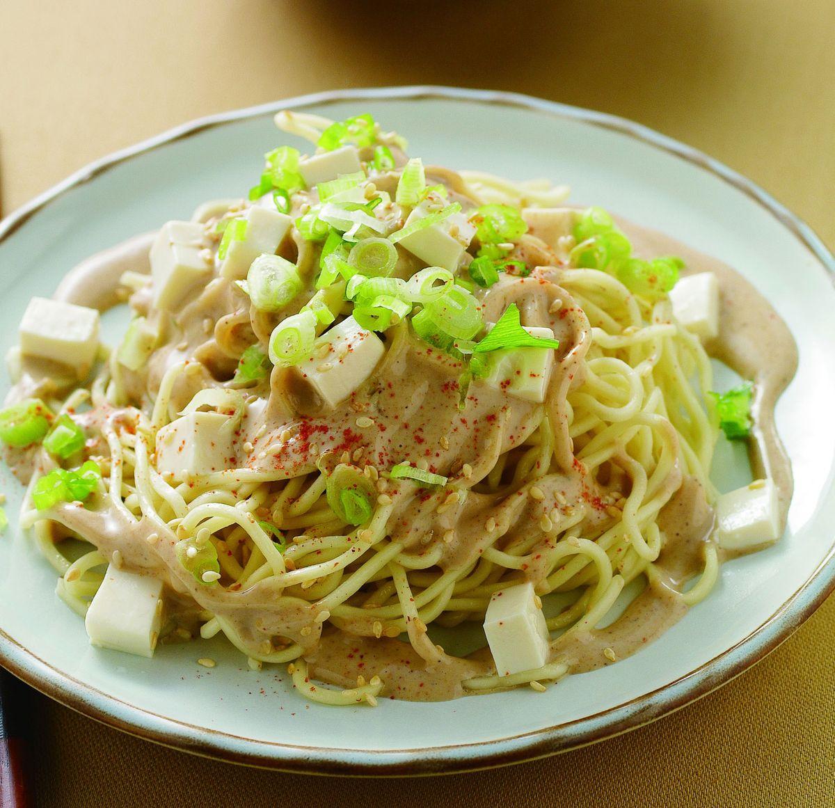 食譜:芝麻豆腐涼麵