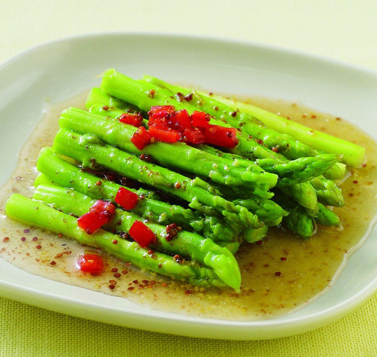食譜:百香楓糖蘆筍沙拉