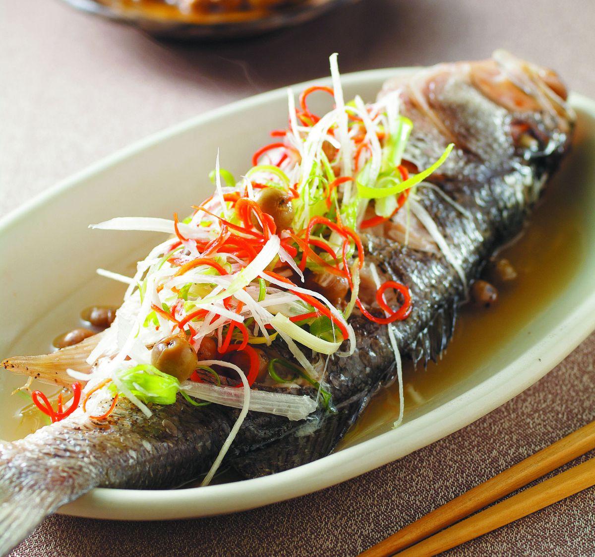 食譜:樹子蒸鱸魚