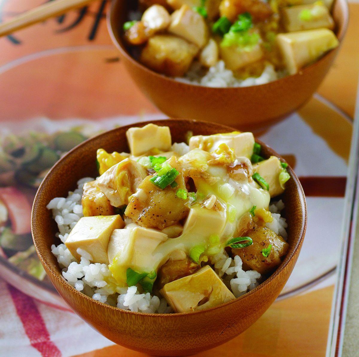 食譜:鯛魚豆腐丁蓋飯