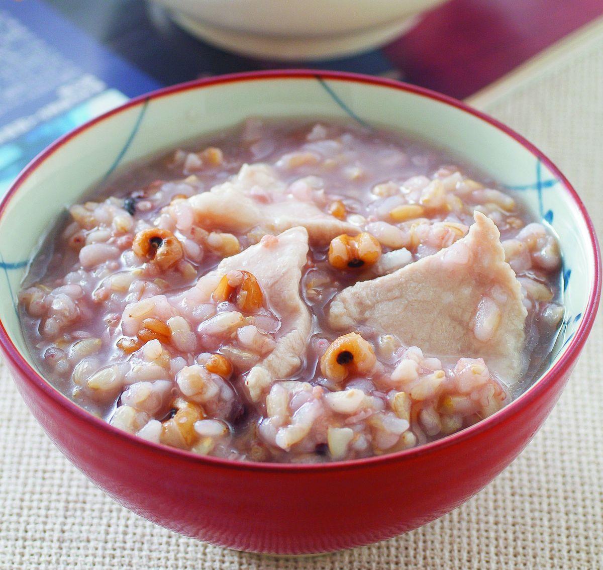 食譜:五穀瘦肉粥