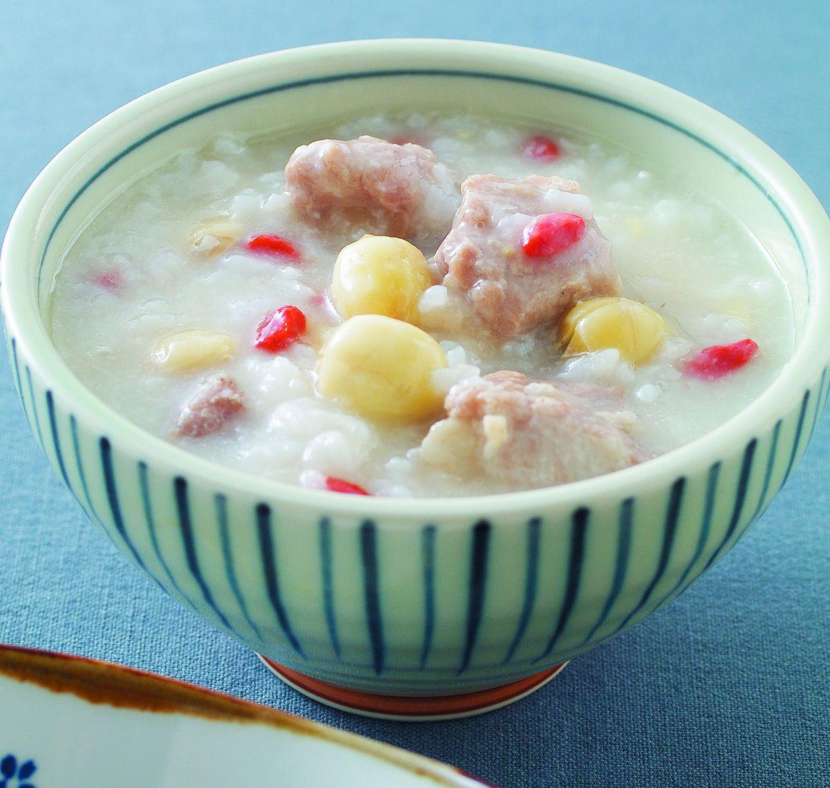 食譜:蓮子排骨粥