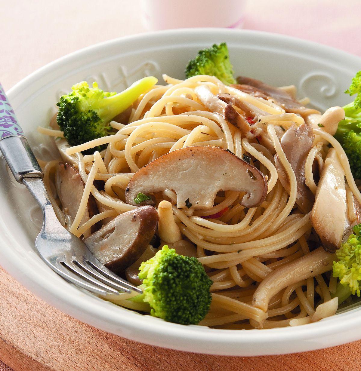 食譜:野菇花椰義大利麵