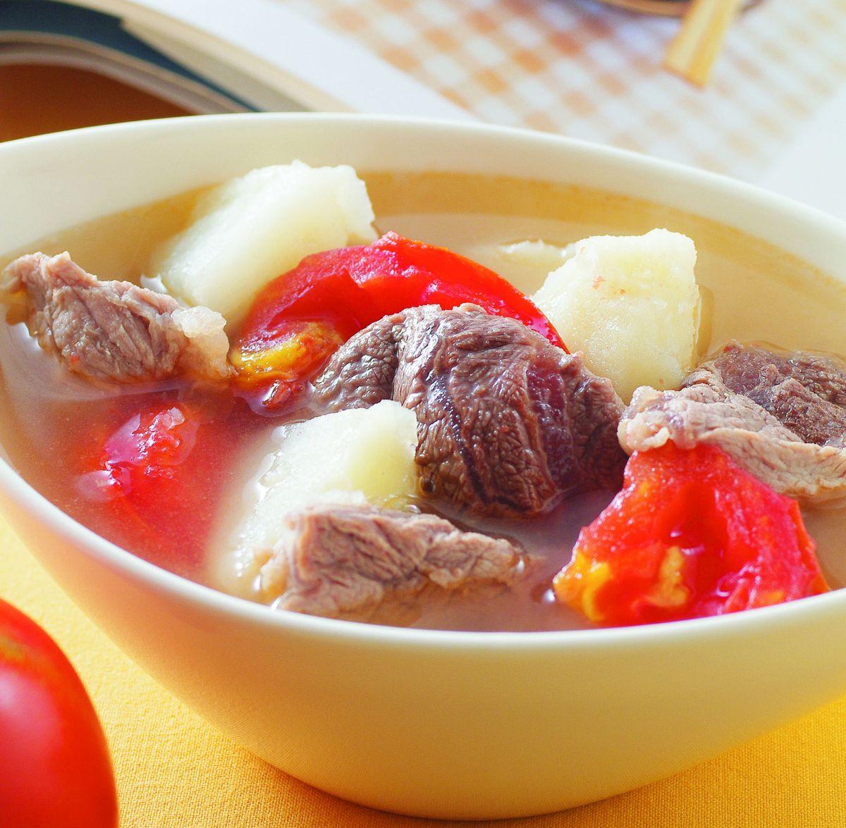 食譜:蕃茄馬鈴薯牛肉湯