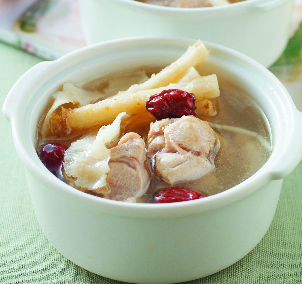 食譜:沙參玉竹燉雞