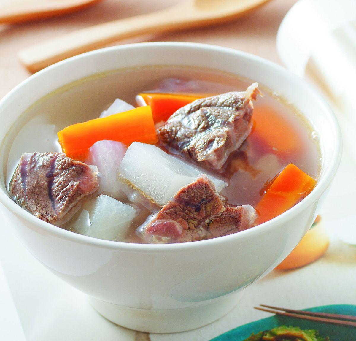 食譜:清燉蘿蔔牛肉湯