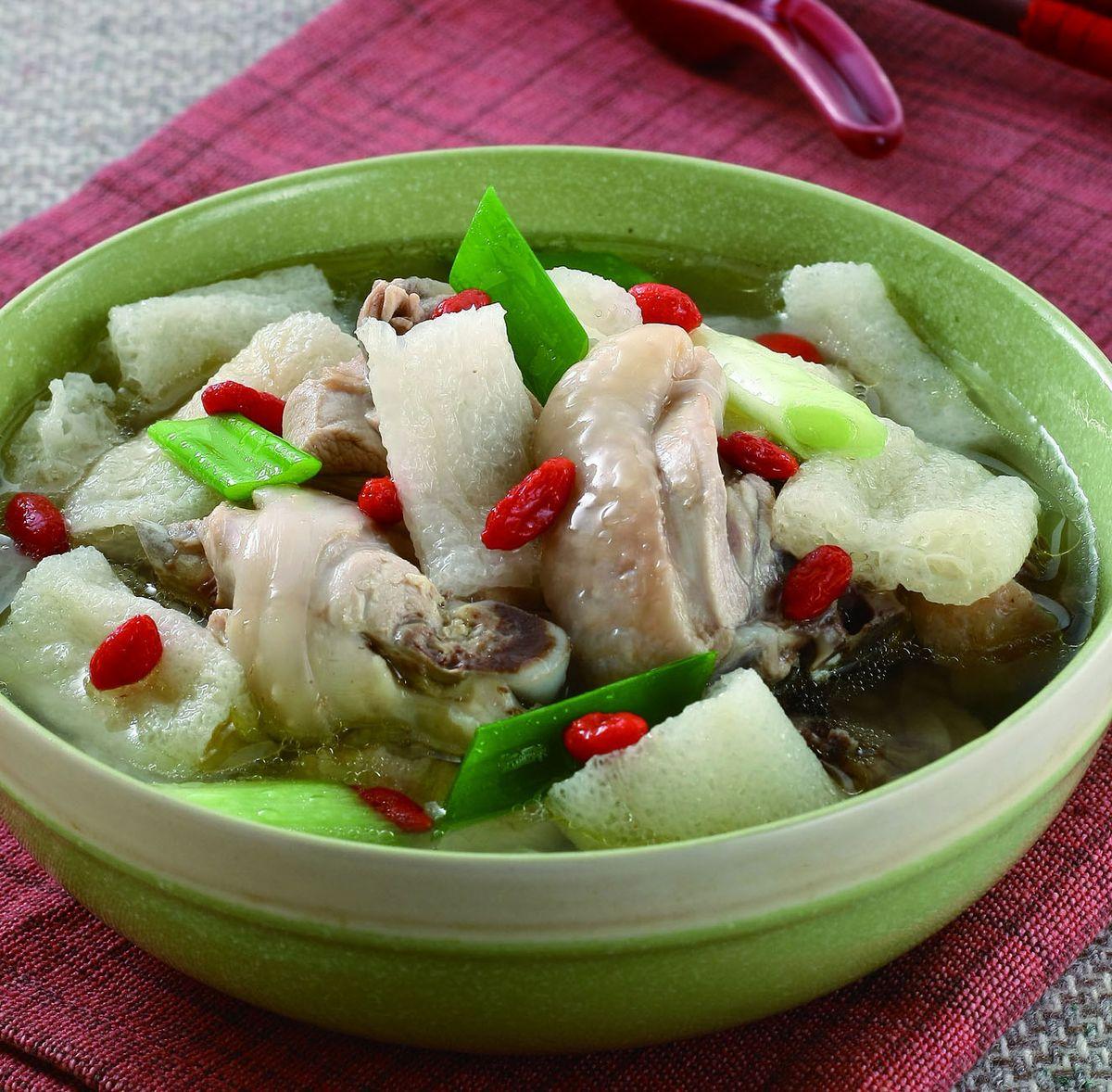 食譜:竹笙燉雞湯