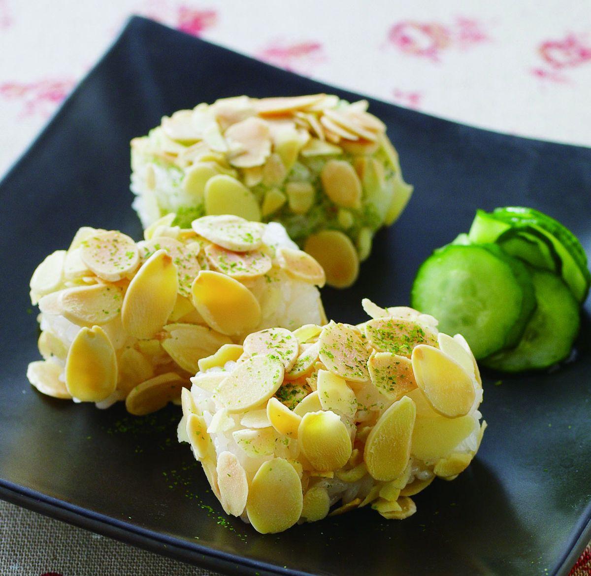 食譜:杏仁片小飯糰