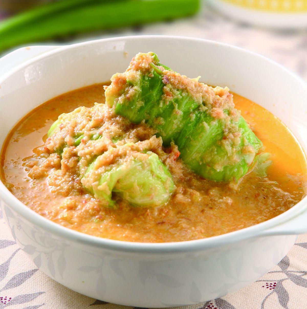 食譜:高麗菜卷佐白菜蕃茄湯