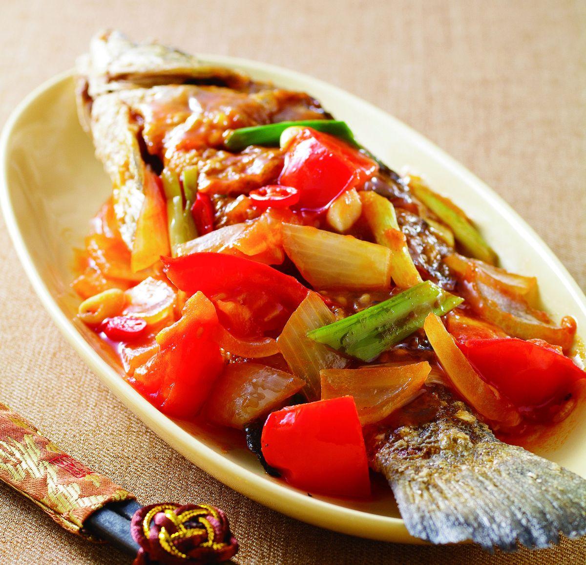 食譜:茄汁燒鮮魚