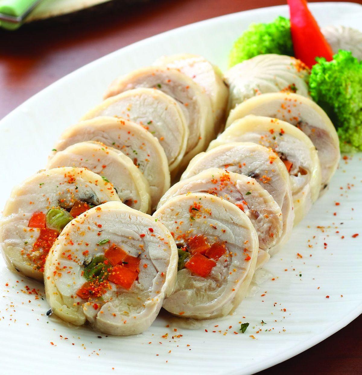 食譜:異國風味雞腿蔬菜捲