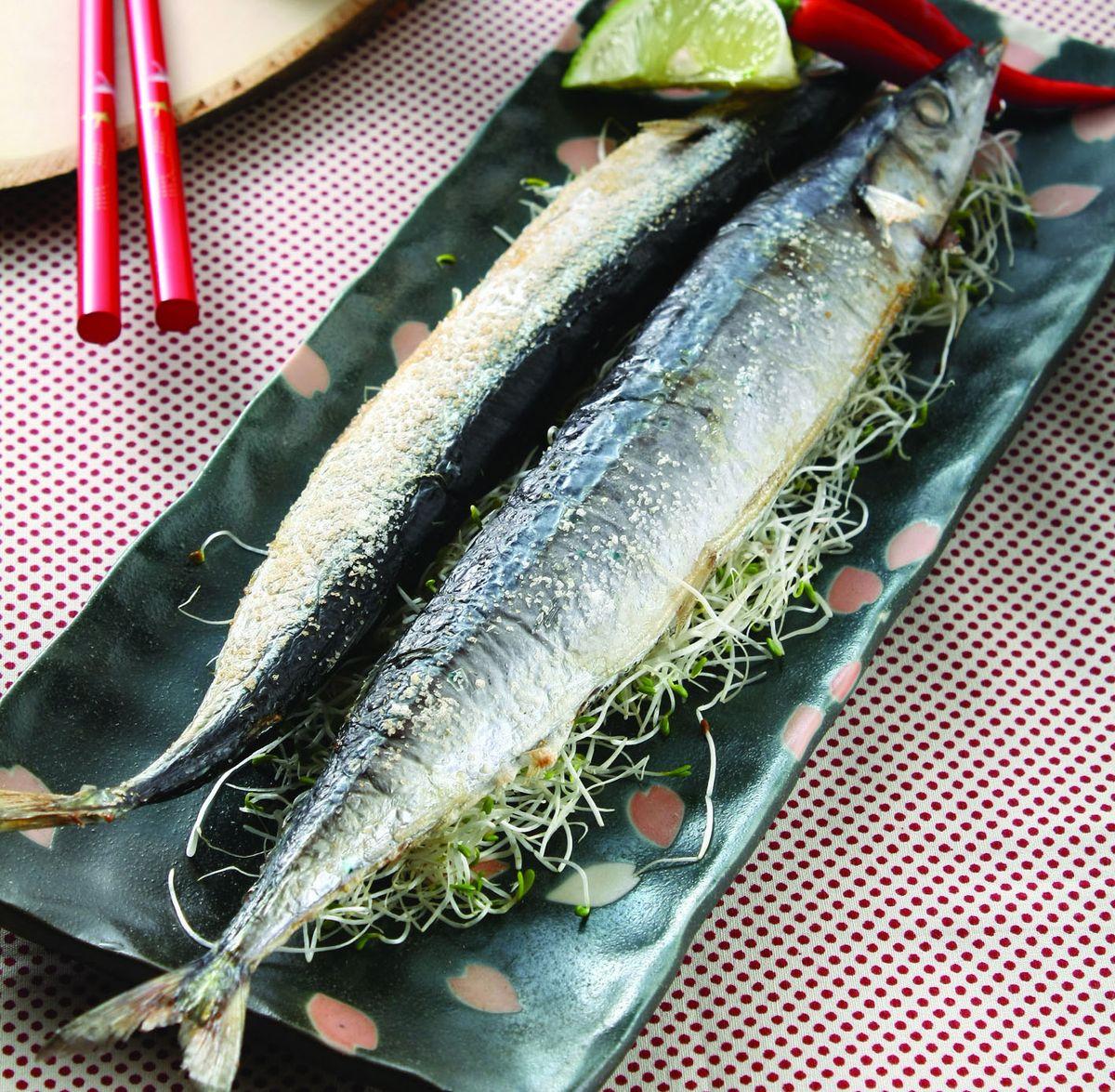 食譜:檸香烤秋刀魚