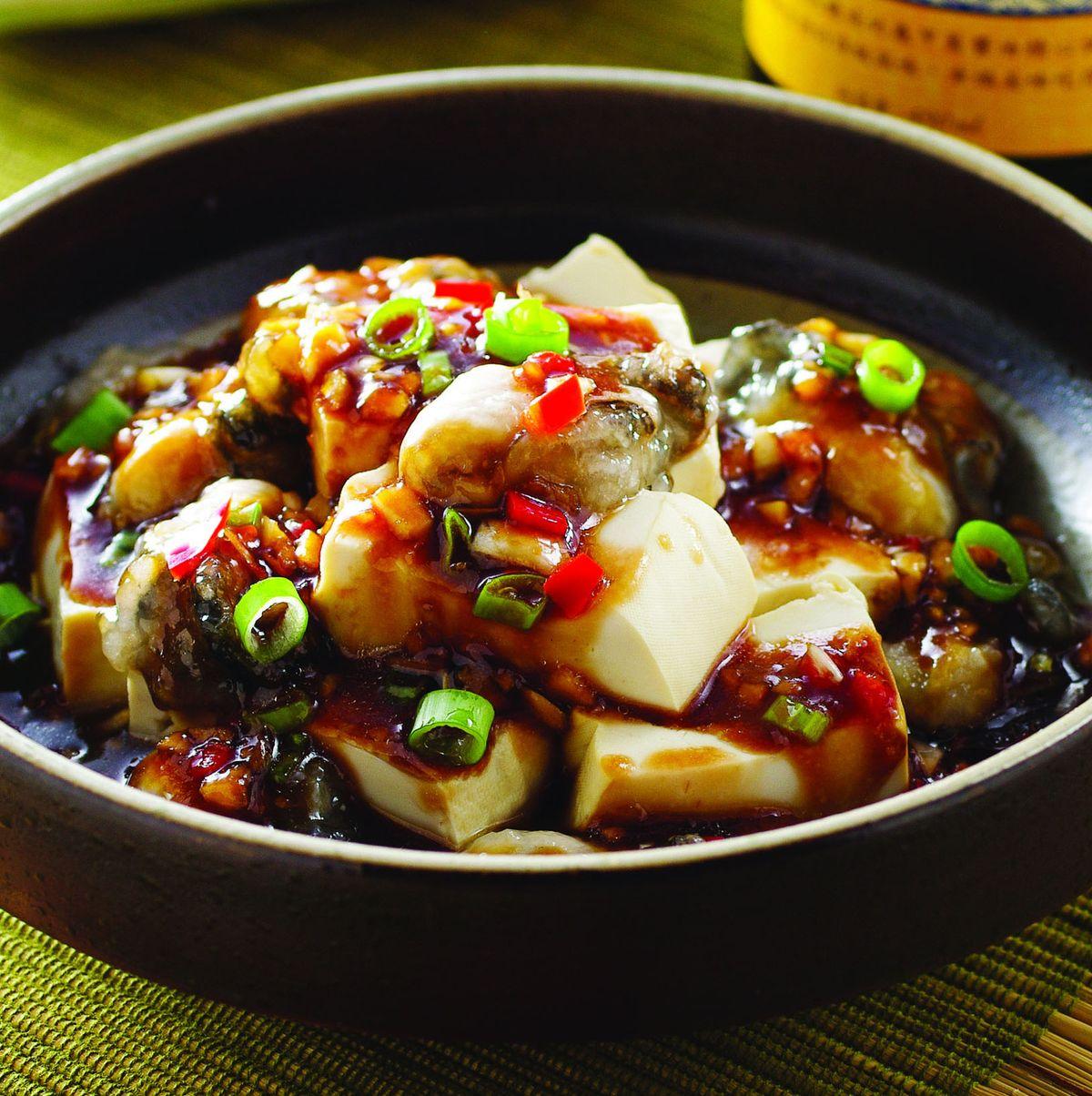 食譜:蒜味鮮蚵拌豆腐