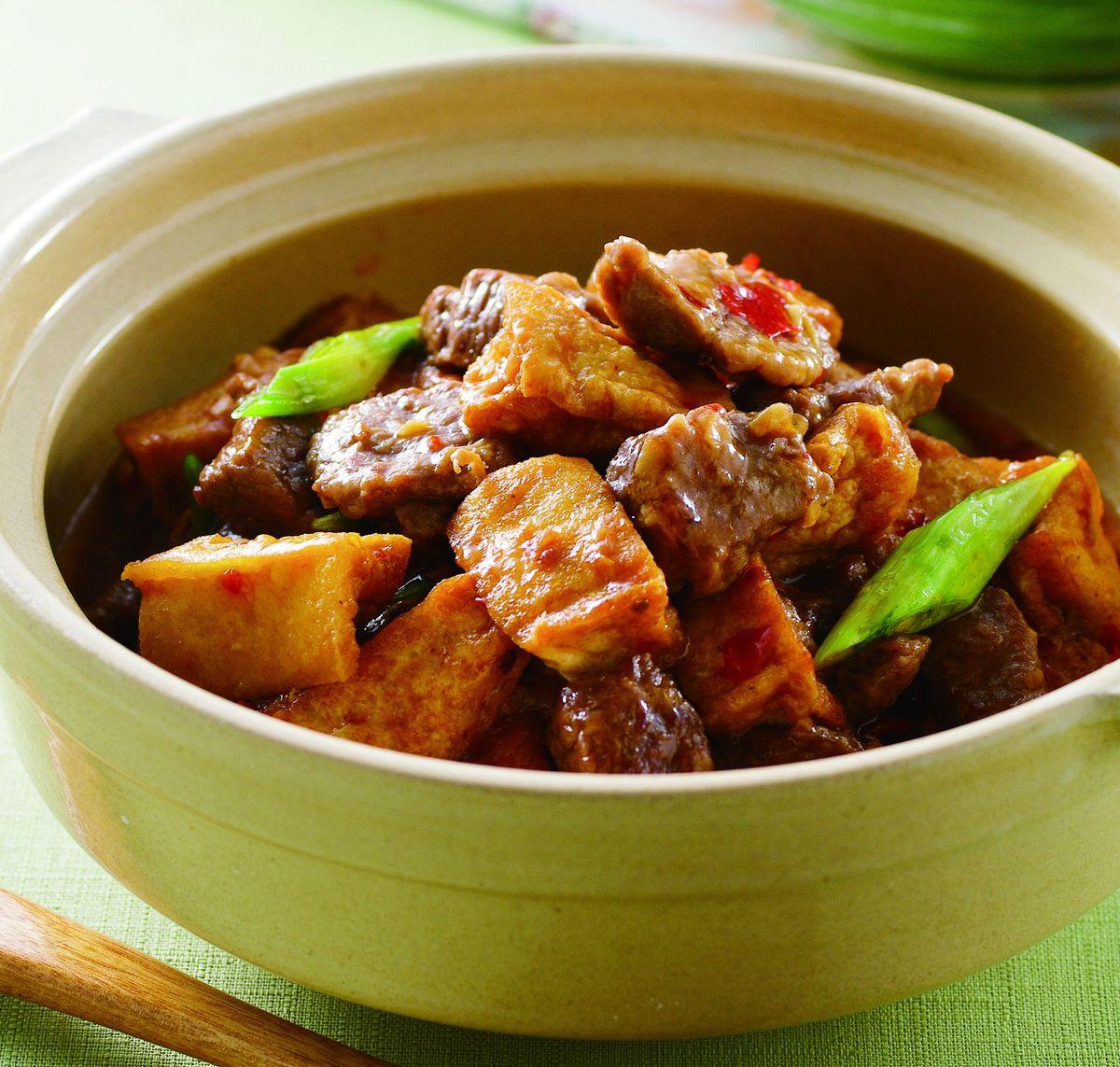 食譜:牛肉豆腐煲