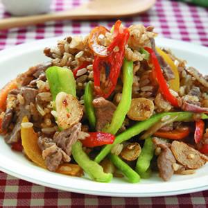 沙茶彩椒牛肉炒飯