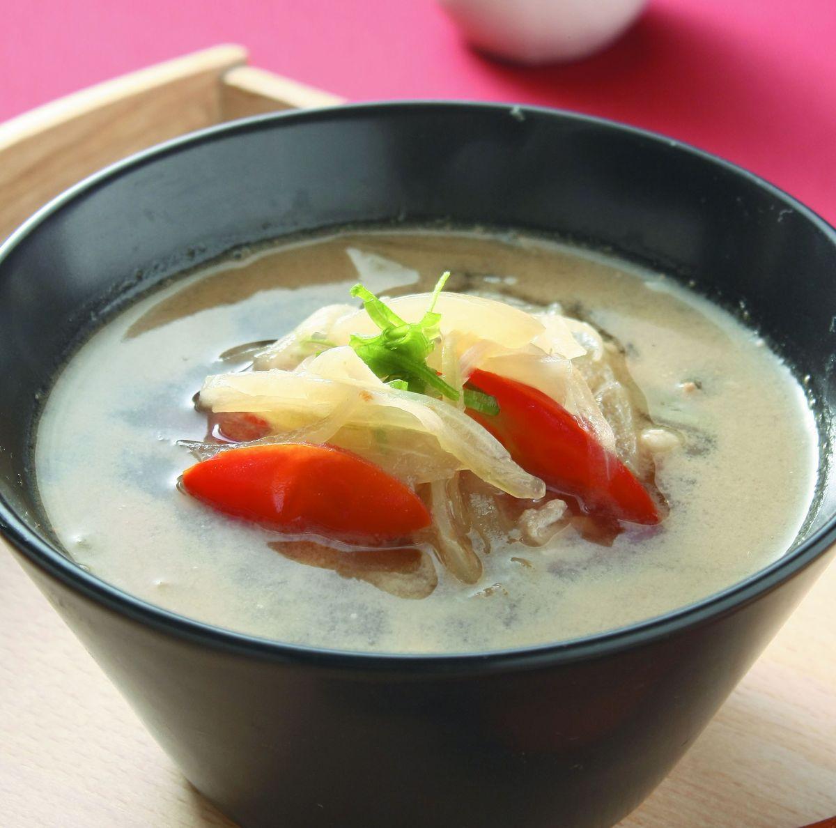 食譜:洋蔥肉絲湯