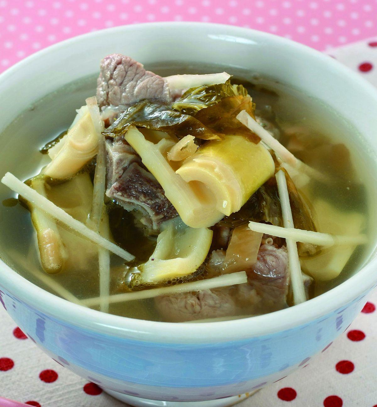 食譜:福菜桂竹筍湯