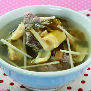 福菜桂竹筍湯