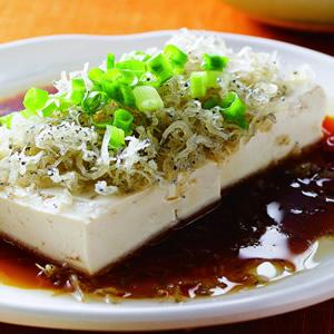 銀魚豉油豆腐