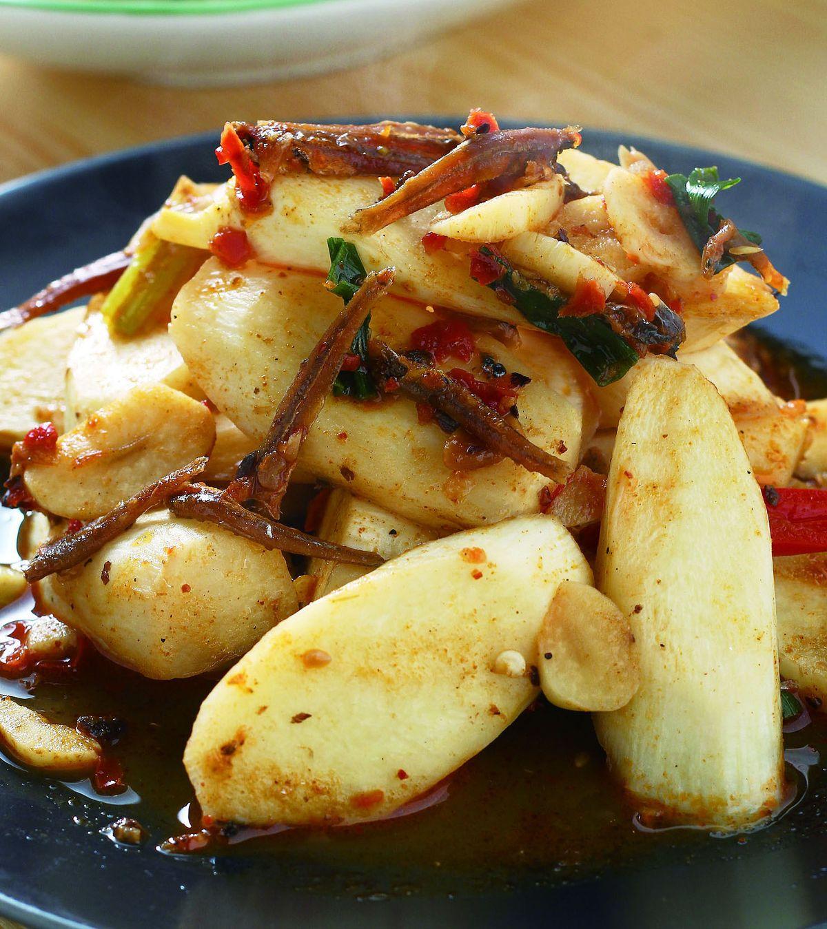 食譜:XO肉醬炒茭白筍