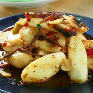 XO肉醬炒茭白筍