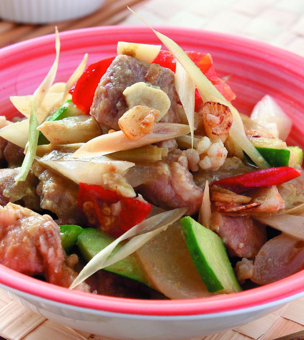 食譜:綠咖哩炒肉片