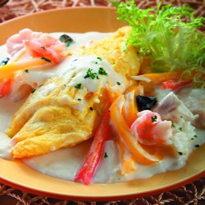 奶油海鮮厚蛋包飯