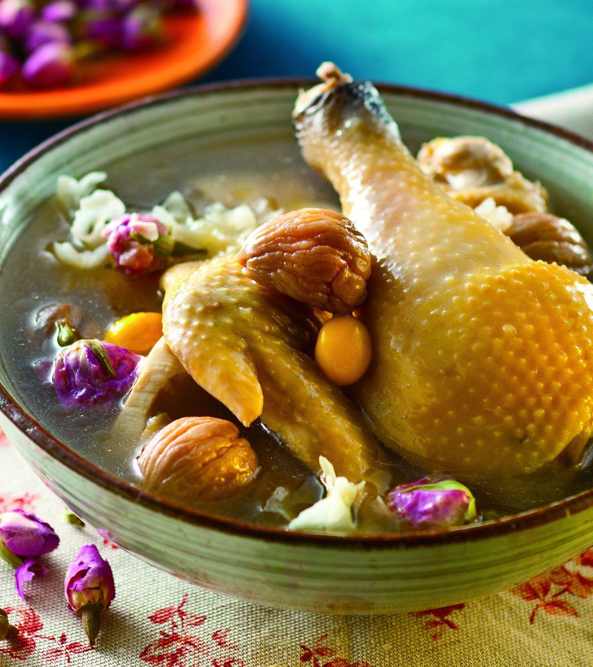食譜:玫瑰養顏雞湯