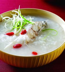 枸杞鱸魚粥