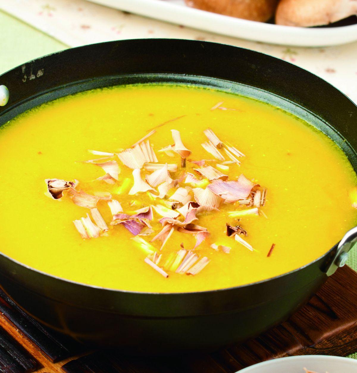 食譜:椰汁香茅火鍋湯底