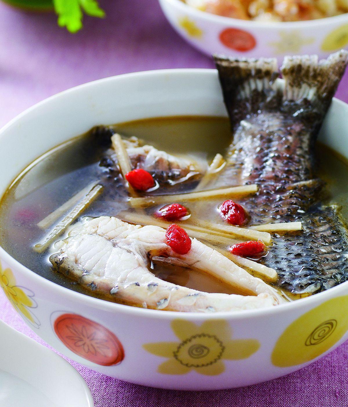 食譜:麻油鱸魚湯