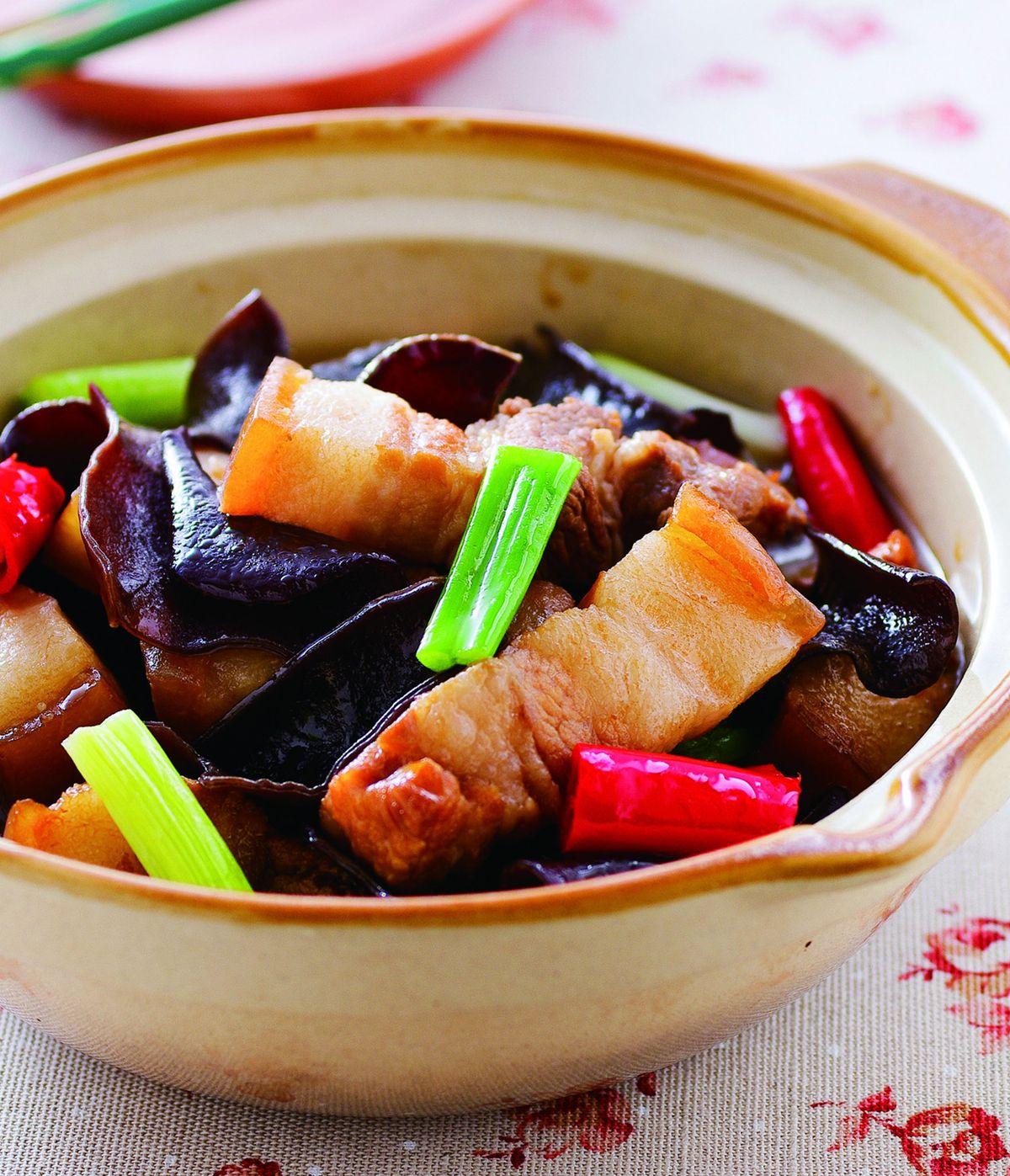 食譜:黑木耳燒五花肉