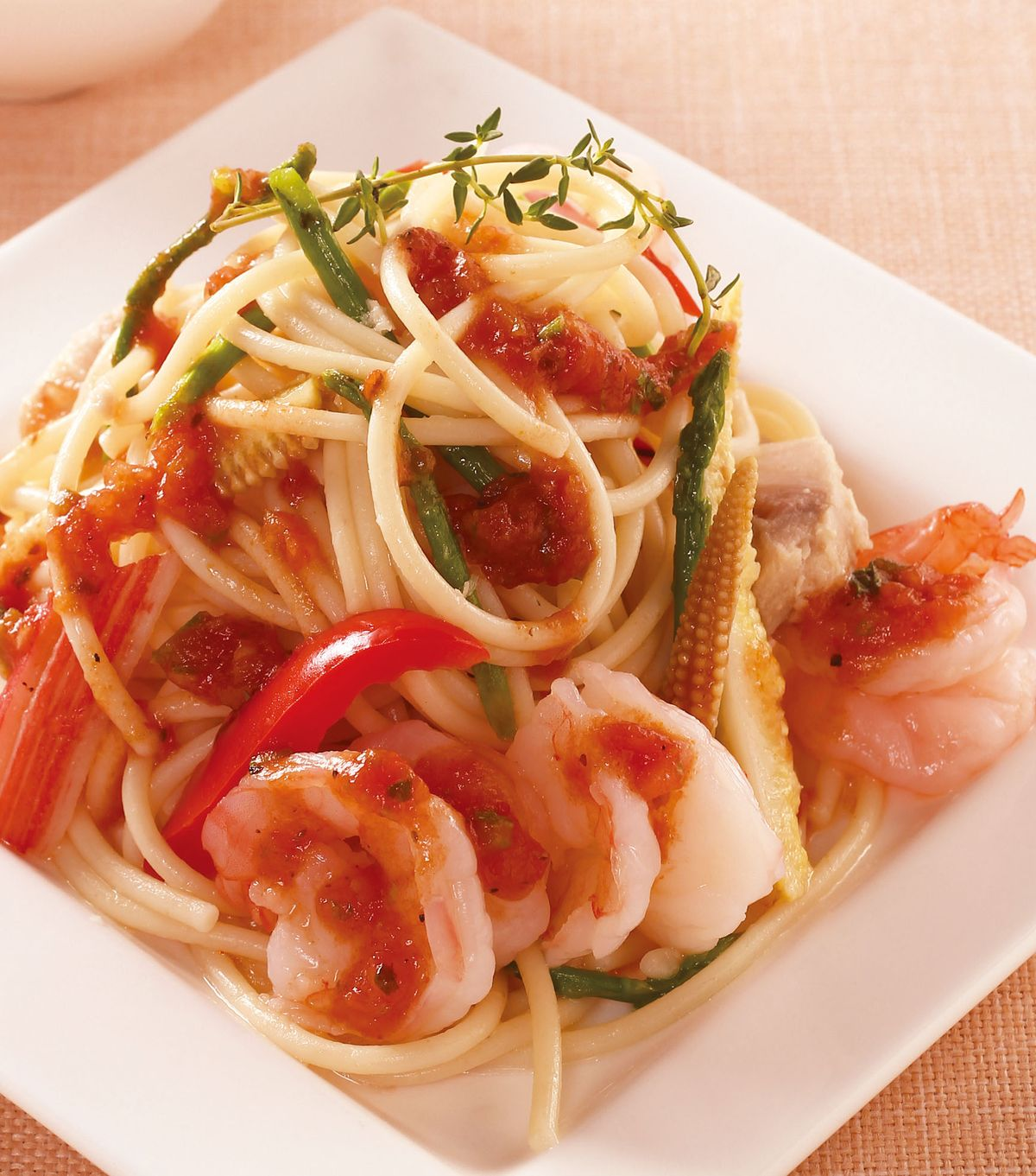 食譜:番茄莎莎海鮮涼麵