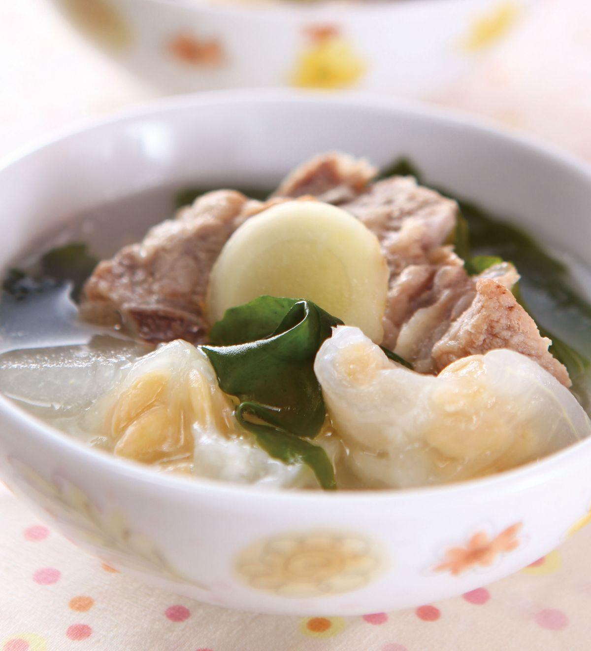 食譜:冬瓜籽排骨海帶芽湯