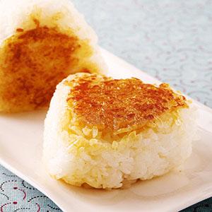 蛋黃醬油烤飯糰