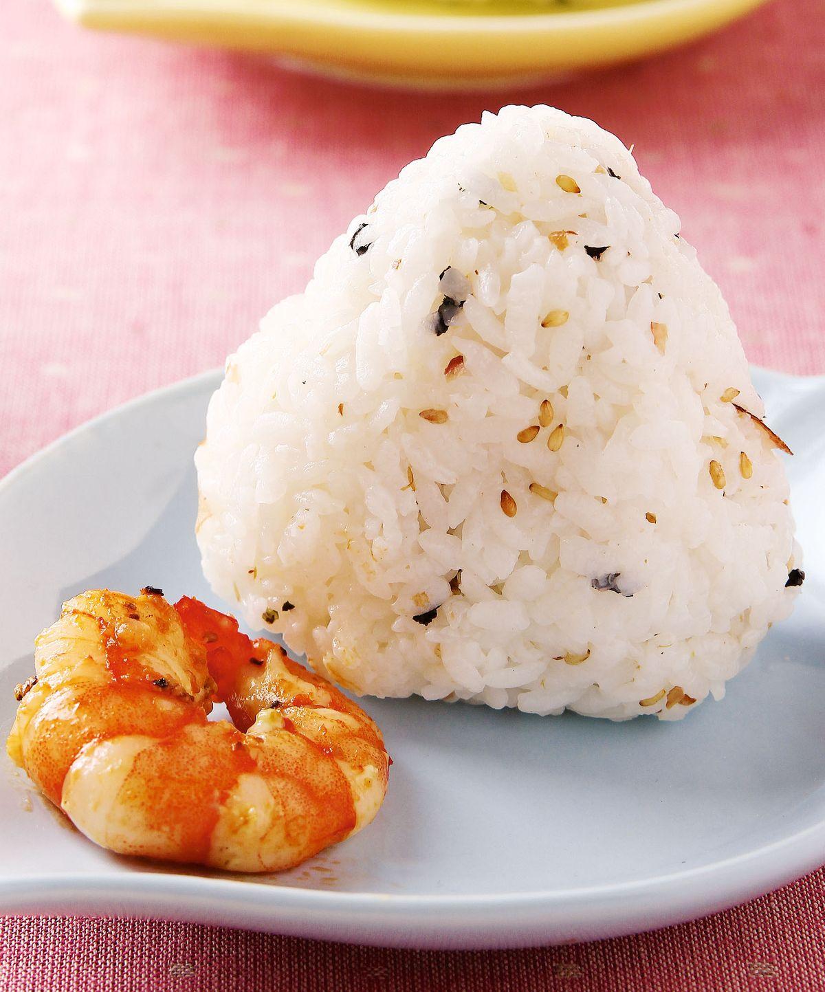 食譜:香鬆蝦球飯糰