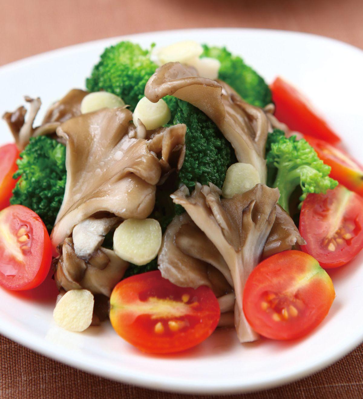 食譜:綠花椰拌舞菇