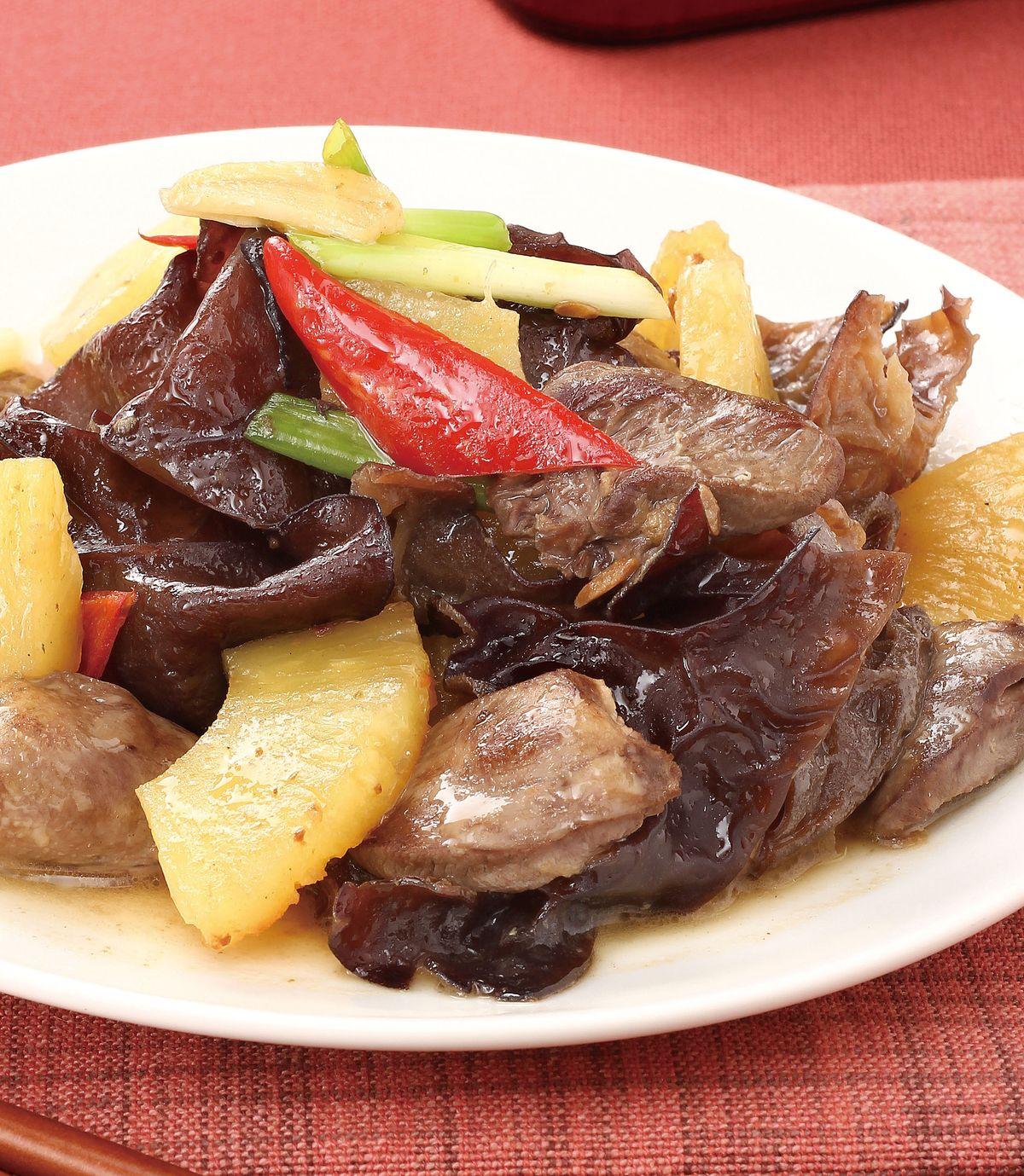 食譜:黑木耳鳳梨炒雞心