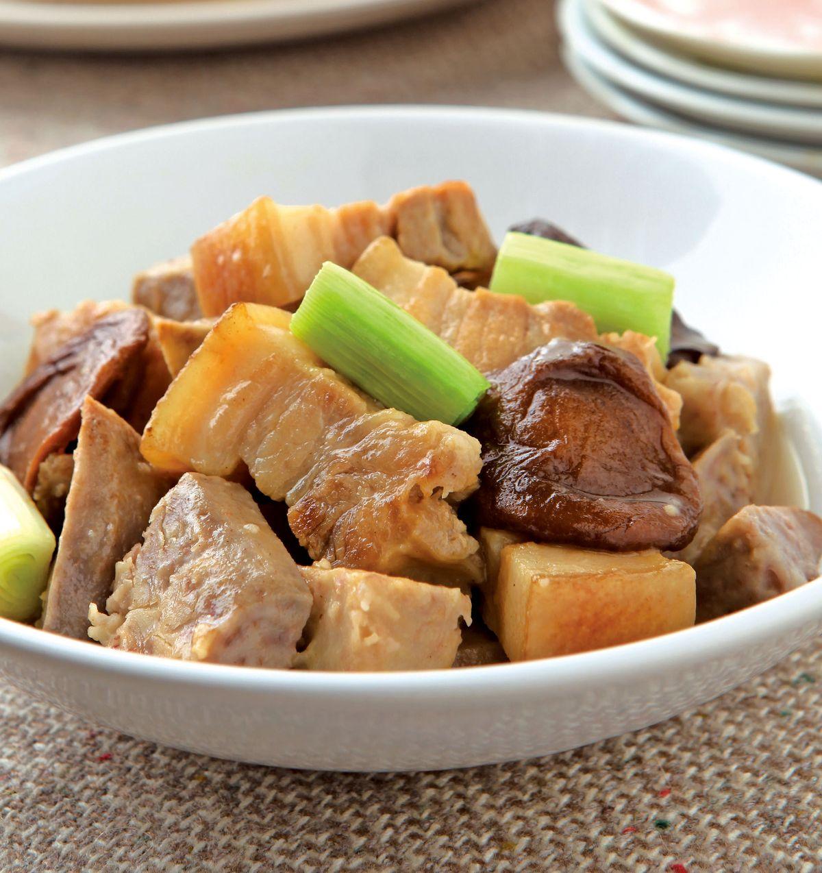 食譜:芋香五花肉