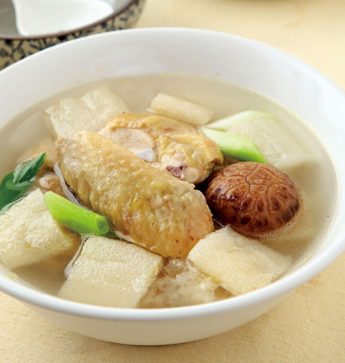 食譜:竹笙雞湯(1)